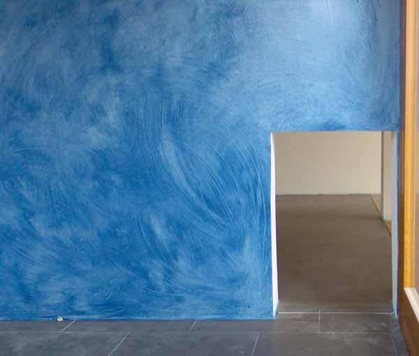 Dipingere le pareti: tecnica della velatura