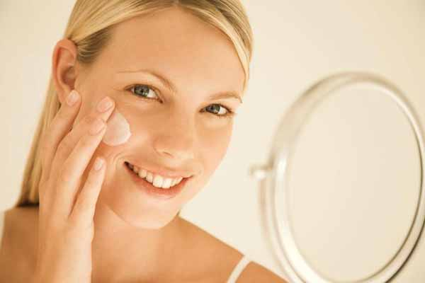 Tonico e detergente per il viso
