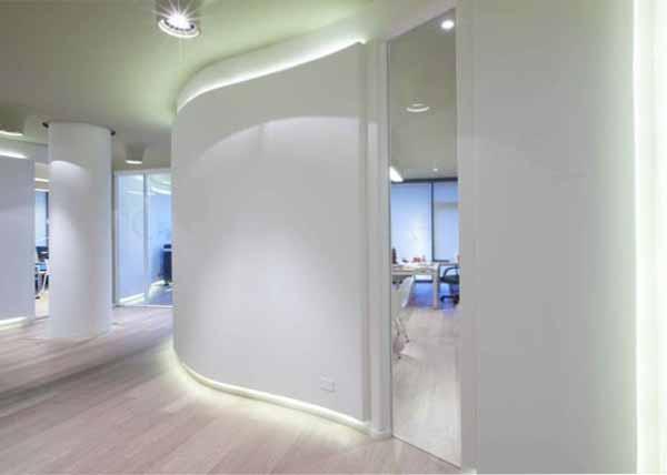 Sistemi di luce naturale sul luogo di lavoro: la norma europea