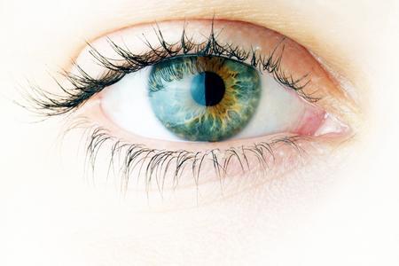 Curare la salute degli occhi con le vitamine