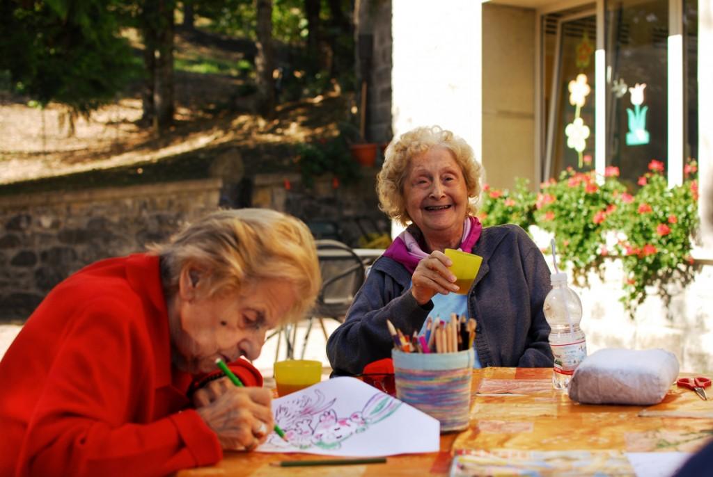 Scegliere un centro diurno per anziani