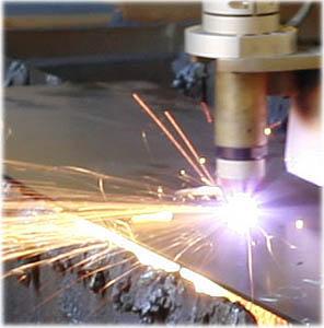 macchine industriali con taglio a plasma