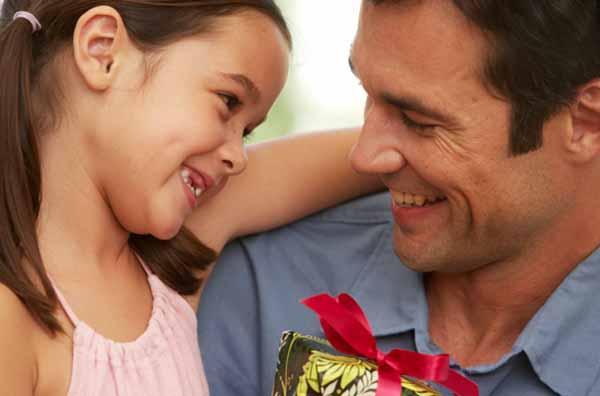 Amato Regalo al papà: consigli per la scelta XN43
