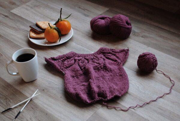 maglia ai ferri per bambini