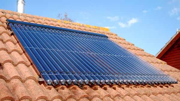 Pannello Solare Termico Integrato : Acqua sanitaria calda da pannelli solari termici