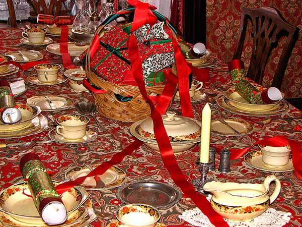 Come apparecchiare la tavola per Natale