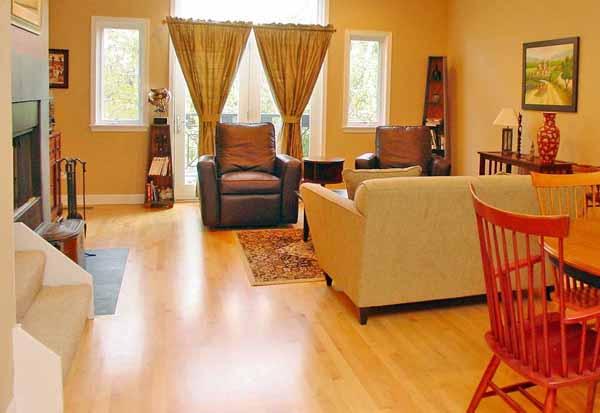 Pulire il parquet guida completa - Pulire mobili legno cucina ...