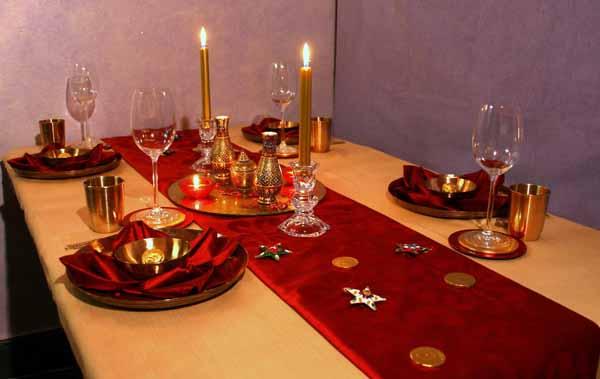 Capodanno come apparecchiare la tavola - Decorare la tavola per capodanno ...
