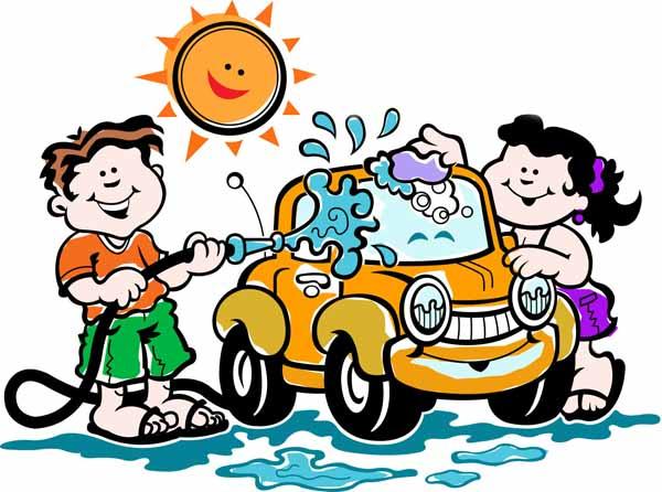 Come pulire l'auto bene