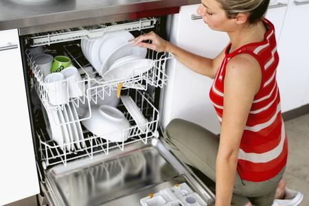 Caricare la lavastoviglie nel modo migliore