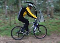Come andare in bici quando piove