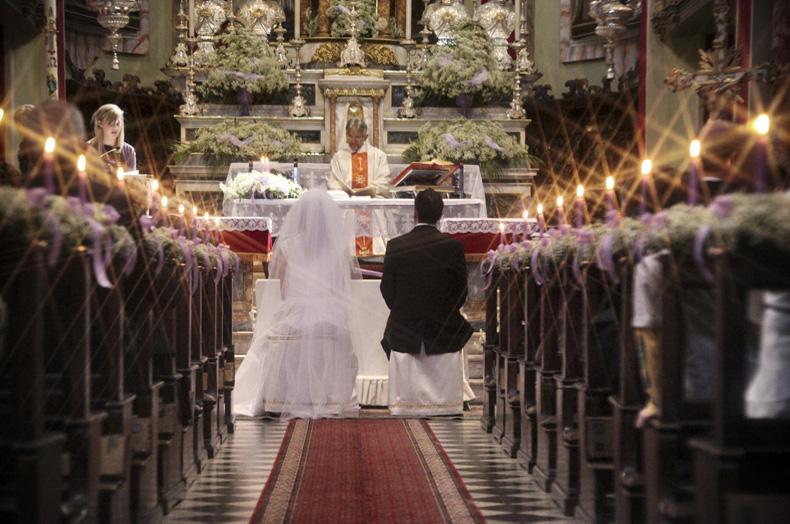 ad8fa5722e11 Qualora le nozze si svolgano in chiesa si parla di matrimonio religioso