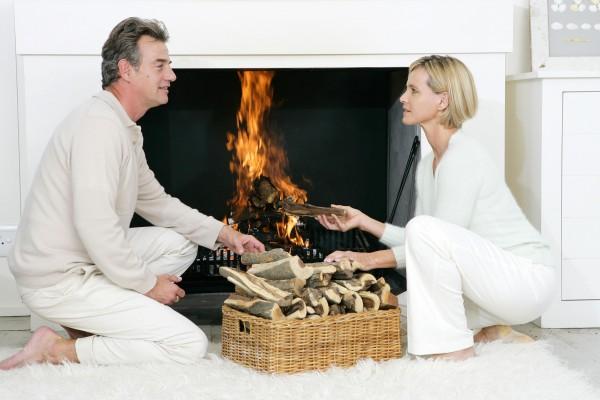 Come risparmiare legna in stufe e camini