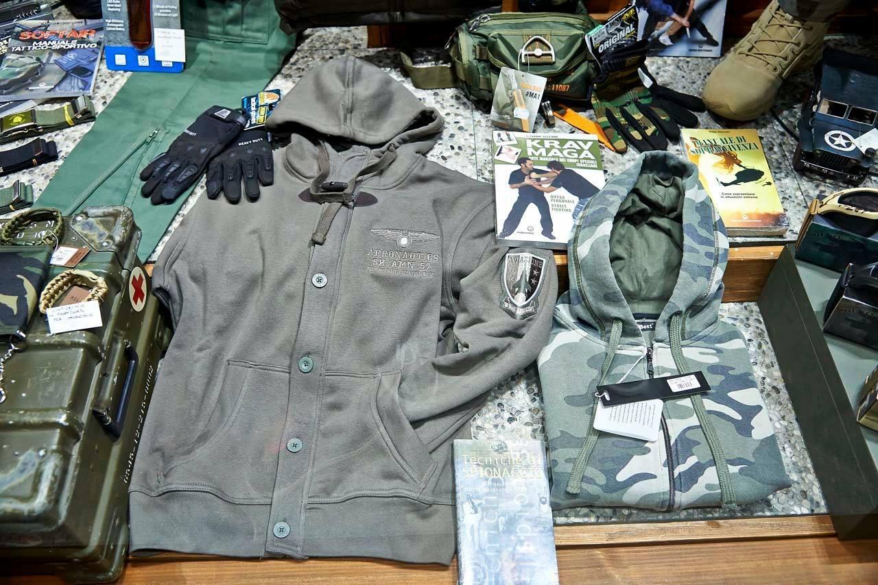 Abbigliamento militare per tutte le occasioni