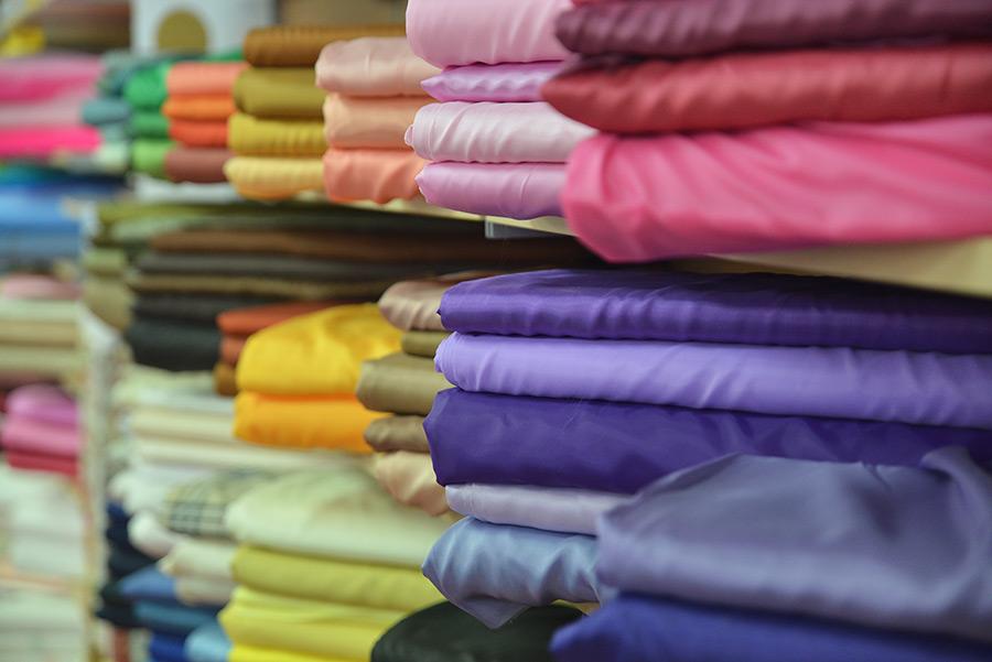 Quali sono i tessuti migliori per controllare l'umidità?