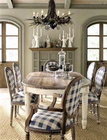 sedie quadrettate in stile country provenzale
