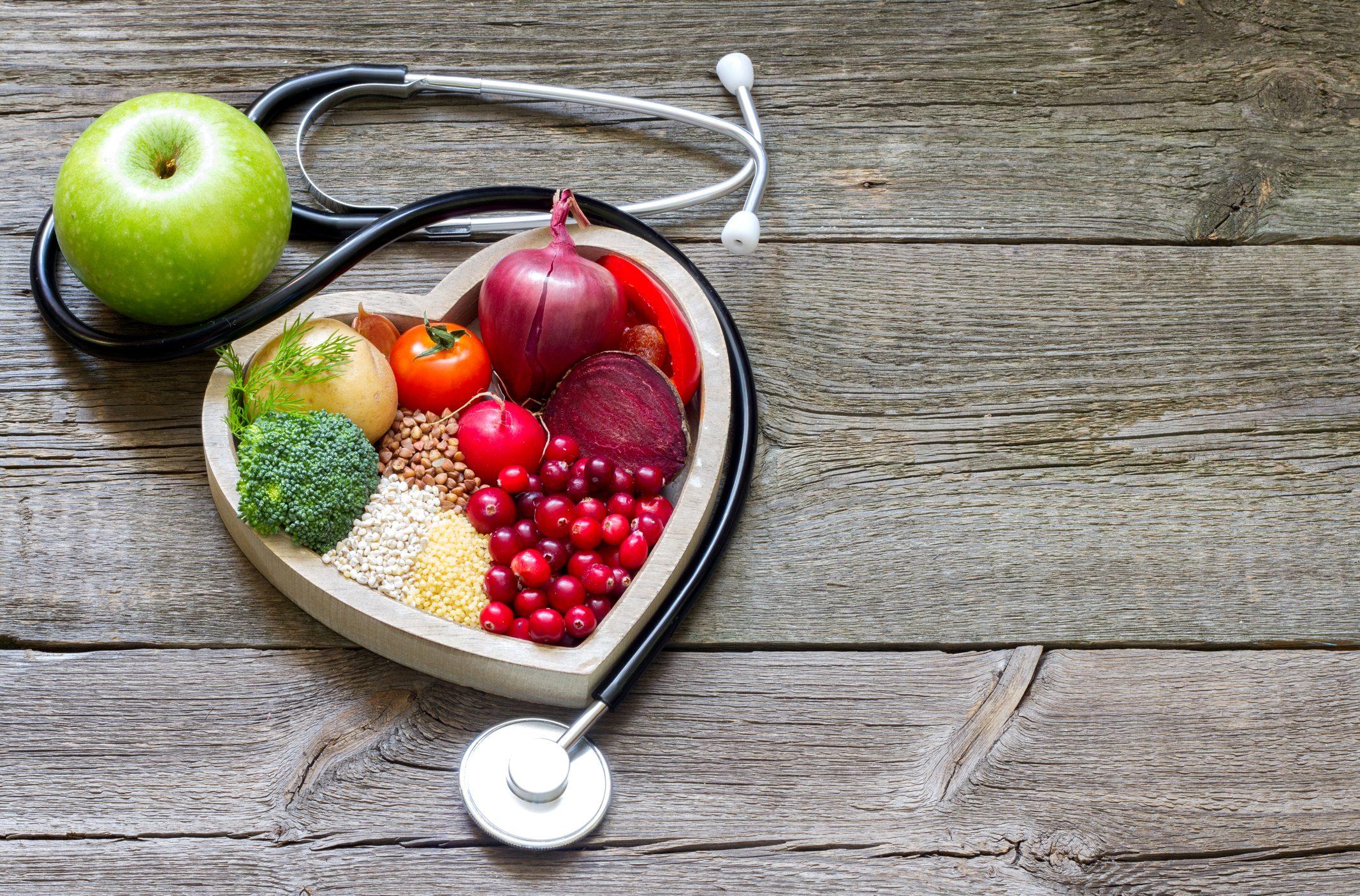 Colesterolo alto: le uova sono un alimento a rischio?